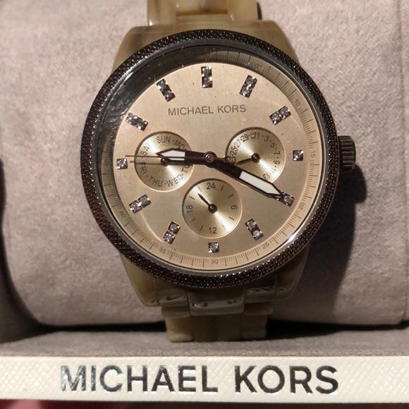Michael Kors Tortoise Jet Set Watch